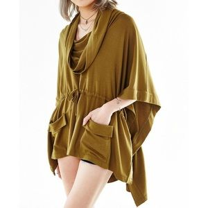 UO Silence + Noise Maddox Draped Poncho Top